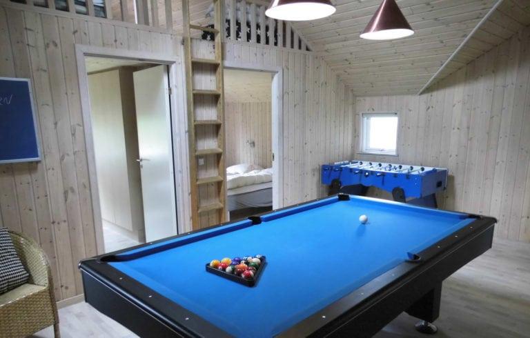 Poolhus og aktivitetshus Marielyst, billard og bordfodbold bord